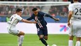 """Neymar tuyên bố trở lại: """"Sẵn sàng đối đầu Real Madrid"""""""