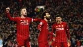 Liverpool - Brighton 2-0: Sát thủ Van Dijk giúp Liverpool bứt xa Man City 11 điểm