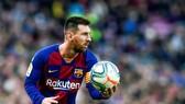 Messi tiết lộ bí mật sút phạt của mình