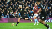 Kết quả và xếp hạng Ngoại hạng Anh vòng 22: Thắng 6-1, Man City vươn lên nhì bảng