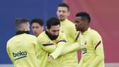 La Liga vòng 25: Barcelona không xao lãng vì Champions League