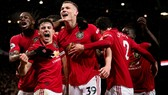 Man United mừng chiến thắng Man City
