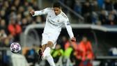 Madrid cảnh báo Man City: Varane giá 500 triệu euro