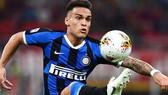 Barcelona đề nghị 3 cầu thủ đổi lấy Lautaro, nhưng Inter chỉ muốn tiền