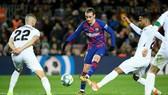 Barca không thể đem  Antoine Griezmann làm vệt tế thần