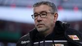 Thiếu HLV trưởng Urs Fischer, Union Berlin khó tránh khỏi thất bại