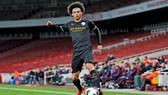 Leroy Sane đang là mục tiêu của chốt của Bayern trong mùa hè