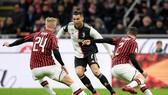 Ronaldo  phải vượt qua hàng thủ khó nhằn của AC Milan