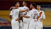 AS Roma mừng chiến thắng