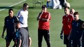 Maurizio Sarri hy vọng sẽ không vị sa thải nếu Juve bị loại