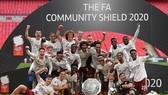 Arsenal đăng quang Community Sheild