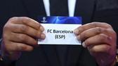 Barcelona nằm chung bảng với Juventus.