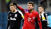 Tiền đạo Thomas Mueller thất vọng với sai sót ở hàng thủ