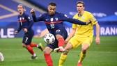 Kylian Mbappe chơi mờ nhạt trước Ukraine