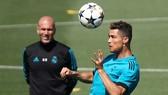 Ronaldo muốn chơi dưới trướng Zizou Zizou