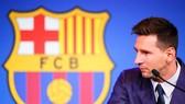 Messi muốn ở lại, nhưng Barcelona không thể ký