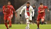 Neymar vẫn đang hốt bạc ở Paris