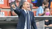 Max Allegri vất vả khi xây dựng lại Juventus