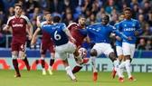 Ogbonna giúp West Ham nhấn chìm Everton trong ngày David Moyes trở lại
