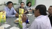 Ông Hồ Quang Cua đã thuê luật sư đăng ký bảo hộ gạo ST25