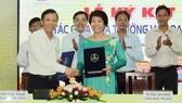 Bà Nguyễn Thị Lý, Hiệu trưởng Trường Cao đẳng Công nghệ Thủ Đức tại buổi ký kết hợp tác với doanh nghiệp