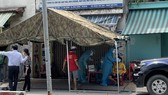 Test nhanh người đi đường tại Hóc Môn, phát hiện nhiều trường hợp nghi mắc Covid-19