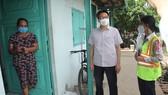 Phó Thủ tướng Vũ Đức Đam yêu cầu huyện Bình Chánh tập trung chăm sóc, điều trị F0