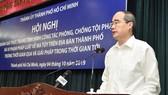 Bí thư Thành ủy TPHCM Nguyễn Thiện Nhân phát biểu tại Hội nghị về phòng chống ma túy, sáng 4-10-2019. Ảnh: VIỆT DŨNG