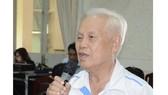 Cử tri Nguyễn Văn Nghĩa (phường Hiệp Phú) đề xuất bổ sung hình phạt roi đối với cán bộ tham nhũng. Ảnh: KIỀU PHONG