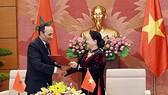 Chủ tịch Quốc hội Nguyễn Thị Kim Ngân và Chủ tịch Hạ viện Vương quốc Morocco Habib El Malki ký kết Thỏa thuận hợp tác