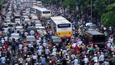 Dự báo dân số Hà Nội lệch gần… 30 năm
