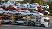 Kiến nghị duy trì và tăng mức thu thuế tiêu thụ đặc biệt đối với xe ô tô, nhiên liệu hoá thạch