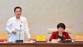 Phó Chủ nhiệm Ủy ban về Các vấn đề xã hội Bùi Sỹ Lợi phát biểu tại phiên họp
