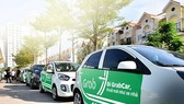 Xe ô tô kinh doanh vận tải hành khách sử dụng hợp đồng điện tử dưới 9 chỗ phải có niên hạn sử dụng không quá 12 năm (tính từ năm sản xuất)