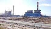 Vụ nhận chìm 1 triệu m³ bùn thải xuống biển Bình Thuận của Công ty TNHH Điện lực Vĩnh Tân 1 gây nhiều tranh cãi trong năm 2017. Ảnh chụp một góc Trung tâm Điện lực Vĩnh Tân tỉnh Bình Thuận. Ảnh: NGUYỄN TIẾN
