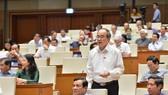 Bí thư Thành ủy TPHCM Nguyễn Thiện Nhân phát biểu tại phiên họp toàn thể của Quốc hội sáng 15-6