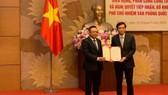 Chủ tịch PVN Trần Sỹ Thanh làm Phó Chủ nhiệm Văn phòng Quốc hội