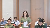 Ủy viên Thường trực UBQPAN Nguyễn Thị Xuân phát biểu tại phiên họp