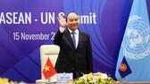 Thủ tướng Nguyễn Xuân Phúc, Chủ tịch ASEAN 2020 dự Hội nghị Cấp cao ASEAN - Liên hợp quốc lần thứ 11, sáng 15-11. Ảnh: QUANG PHÚC