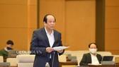 Bộ trưởng, Chủ nhiệm Văn phòng Chính phủ Mai Tiến Dũng trình bày báo cáo