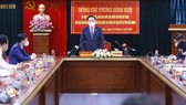 Chủ tịch Quốc hội Vương Đình Huệ phát biểu tại cuộc kiểm tra công tác bầu cử tại Hải Dương