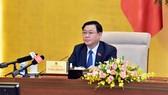 Chủ tịch Quốc hội Vương Đình Huệ chủ trì tọa đàm
