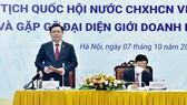 Chủ tịch Quốc hội Vương Đình Huệ phát biểu tại cuộc gặp gỡ. Ảnh: VIẾT CHUNG