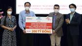 Tiếp nhận hỗ trợ kinh phí xét nghiệm 2 triệu mẫu và 1 triệu kit test nhanh kháng nguyên
