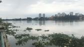 Phát hiện thi thể nam thanh niên trôi trên sông Sài Gòn