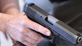 Đôi nam nữ trình báo bị 2 thanh niên dùng súng khống chế cướp xe SH