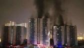 Vụ cháy chung cư Carina khiến 13 người tử vong ở quận 8. Ảnh: CHÍ THẠCH