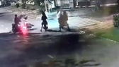 Hình ảnh vụ việc được camera an ninh ghi lại.