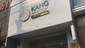 Cơ sở chăm sóc da Kang Beauty ở số 96 đường Hồ Bá Kiến, phường 15, quận 10 tổ chức hoạt động giải phẫu thẩm mỹ không phép