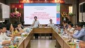 Bà Lê Thị Thanh Tuyền (đứng), nguyên Chánh thanh tra Sở Tài chính TPHCM trong một sự kiện